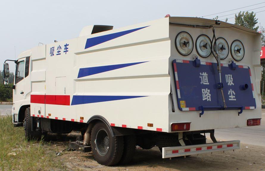 东风天锦8吨吸尘车图片3