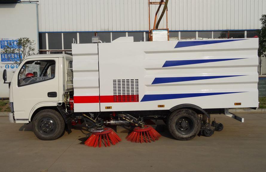 东风3吨扫路车图片2