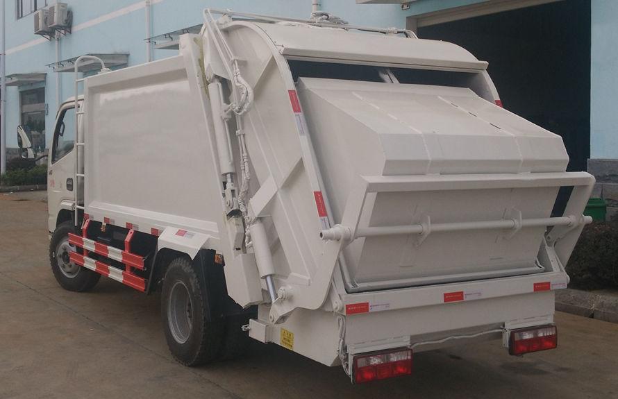 东风6方压缩式垃圾车左后侧图片