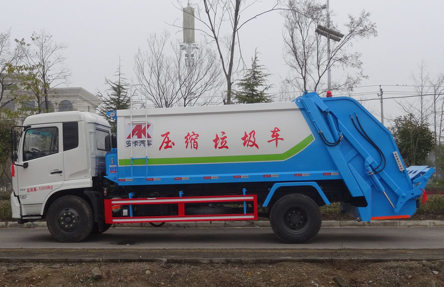 东风14方压缩式垃圾车左侧图片