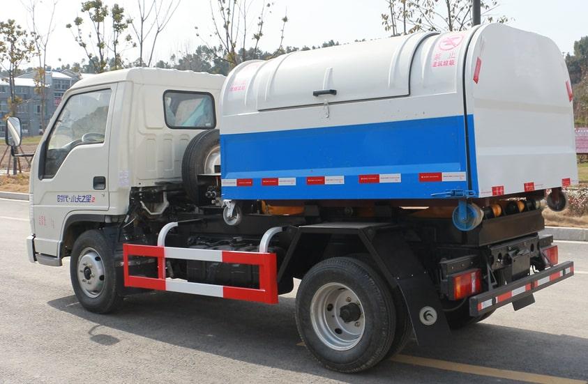 福田4方勾臂垃圾车图片(车头向左后45度)