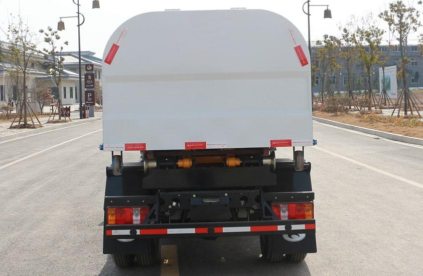 福田4方勾臂垃圾车图片(正尾部)