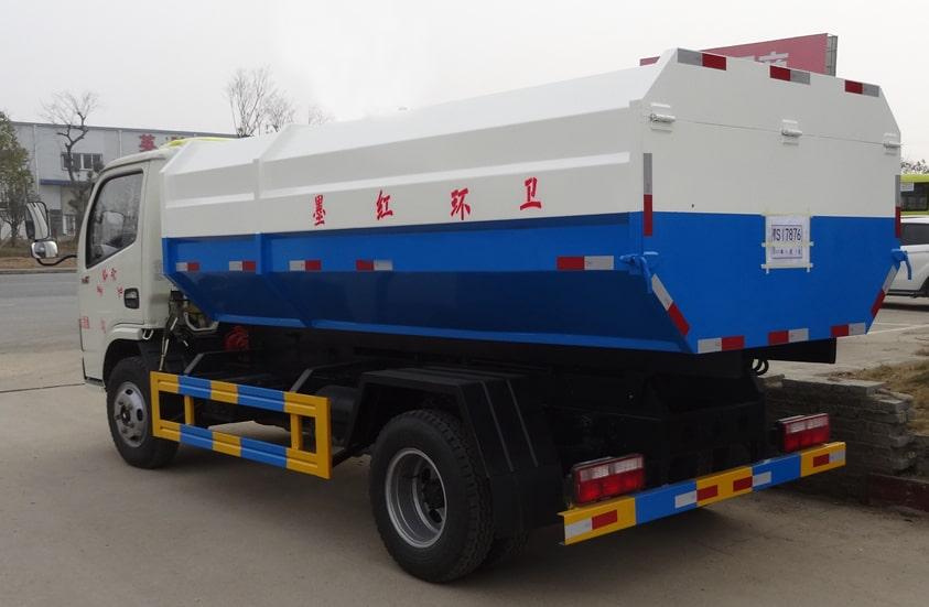东风5方挂桶式垃圾车图片(车头向左后45度)
