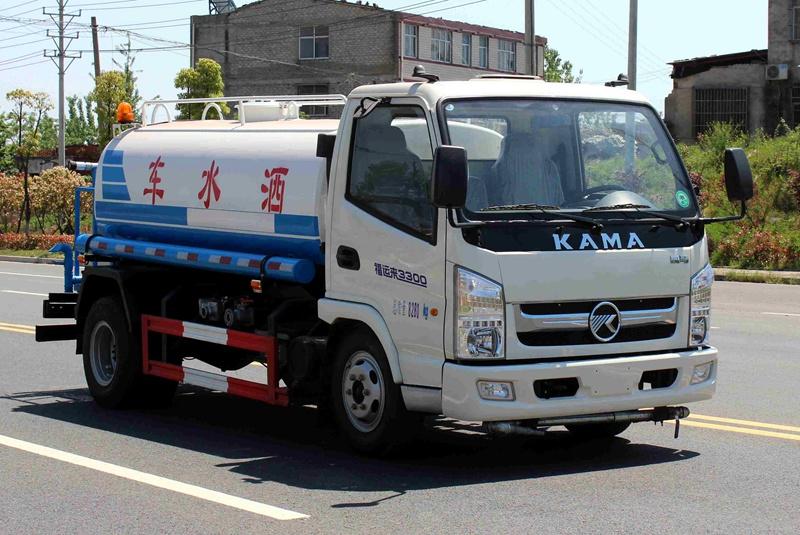 凯马5吨洒水车右斜前图片