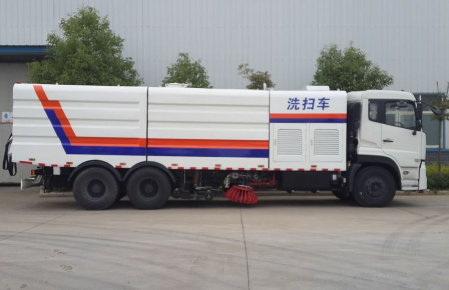 东风天龙13吨大型洗扫车扫盘结构