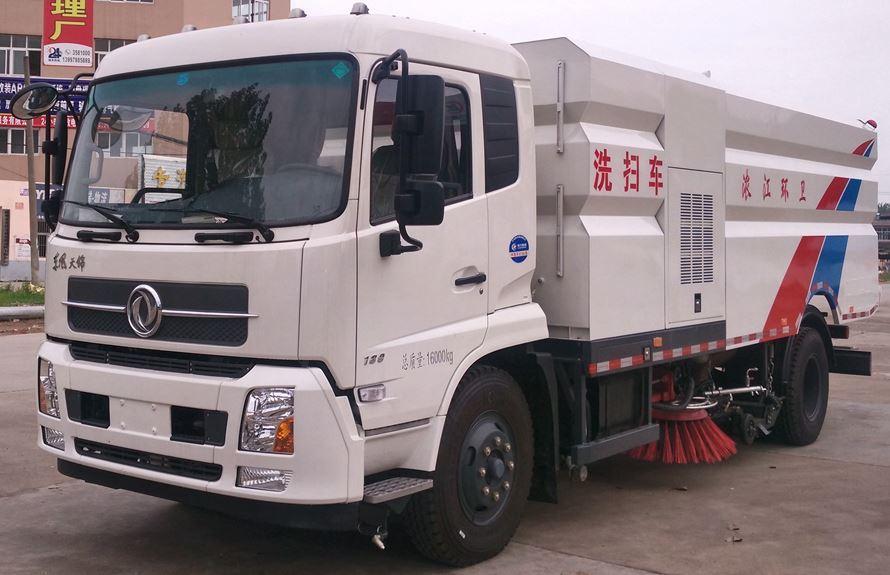东风天锦8吨洗扫车整车外观