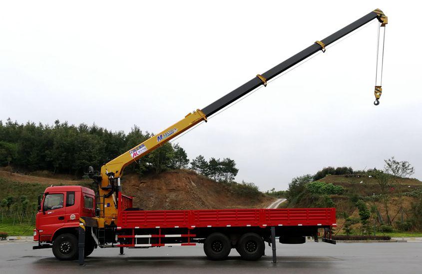 东风徐工后八轮12吨随车吊正侧伸臂图片