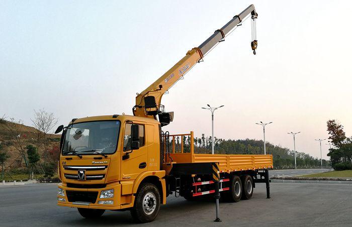 徐工汉风一体化12吨随车吊图片