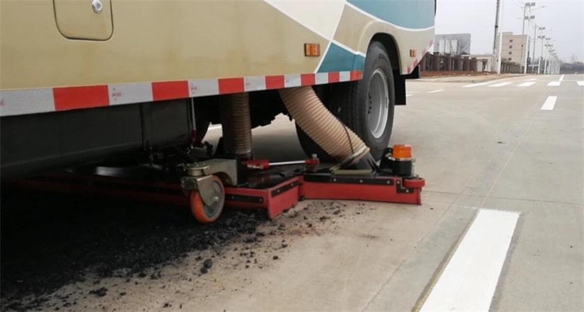 五十铃3吨小型吸尘车清理煤渣