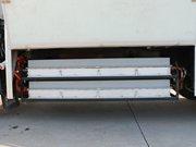 大运4.2米纯电动冷藏车电池组图片
