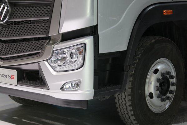 福田欧马可S5冷藏车大灯图片