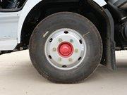 东风凯普特4.2米冷藏车7.50钢丝胎图片