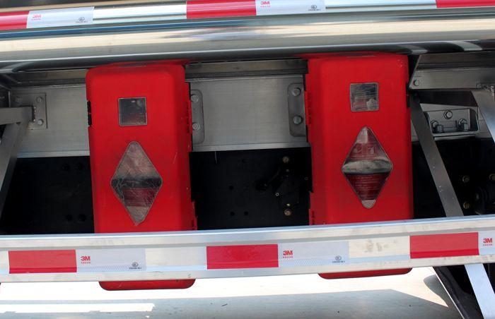 铝合金油罐车灭火器图片