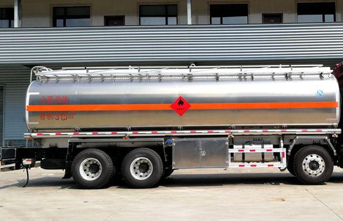 23吨油罐车铝合金罐体图片