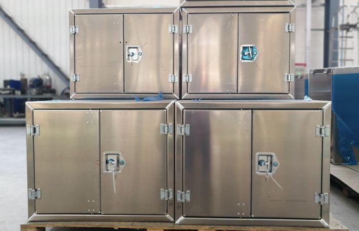 铝合金油罐车工具箱图片
