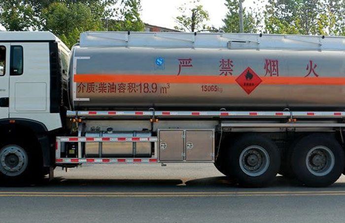 铝合金油罐车操作系统安装图片