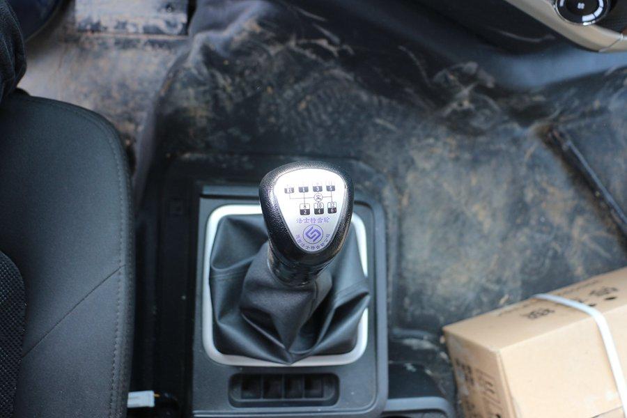 江淮格尔发K5肉钩9.6米冷藏车12档变速箱图片