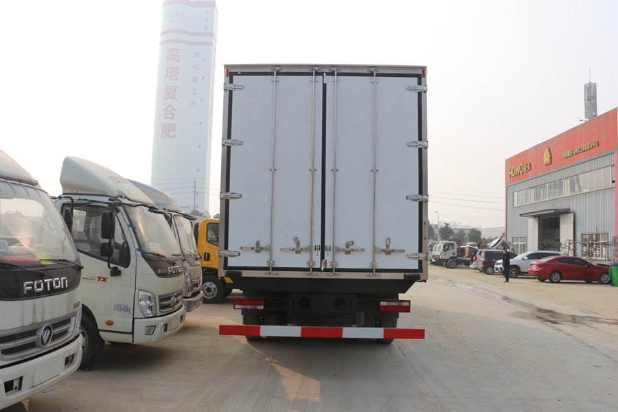 江淮格尔发K5肉钩9.6米冷藏车正后图片