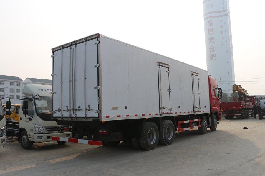 江淮格尔发K5肉钩9.6米冷藏车斜后图片