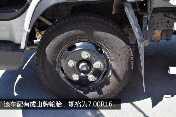 江铃顺达宽体4.2米冷藏车轮胎