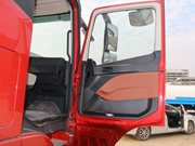 福田欧曼EST9.6米冷藏车电动门窗图片