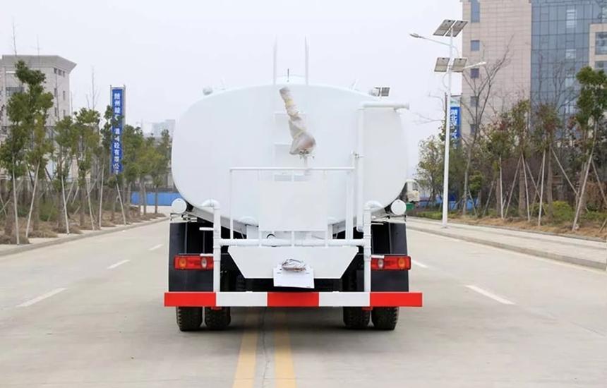 东风新款12吨洒水车整车图片F