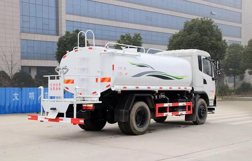 东风新款12吨洒水车整车图片4