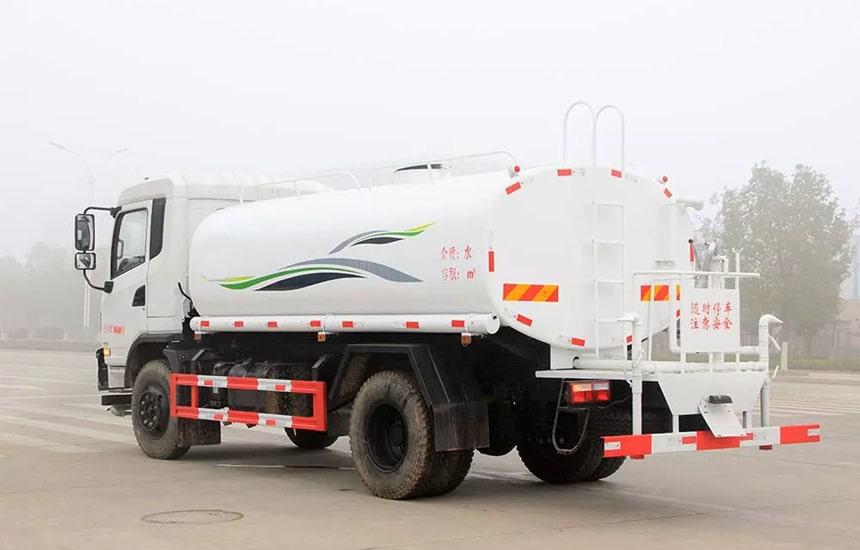 东风新款12吨洒水车整车图片5
