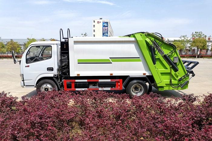东风6方压缩式垃圾车左侧图片