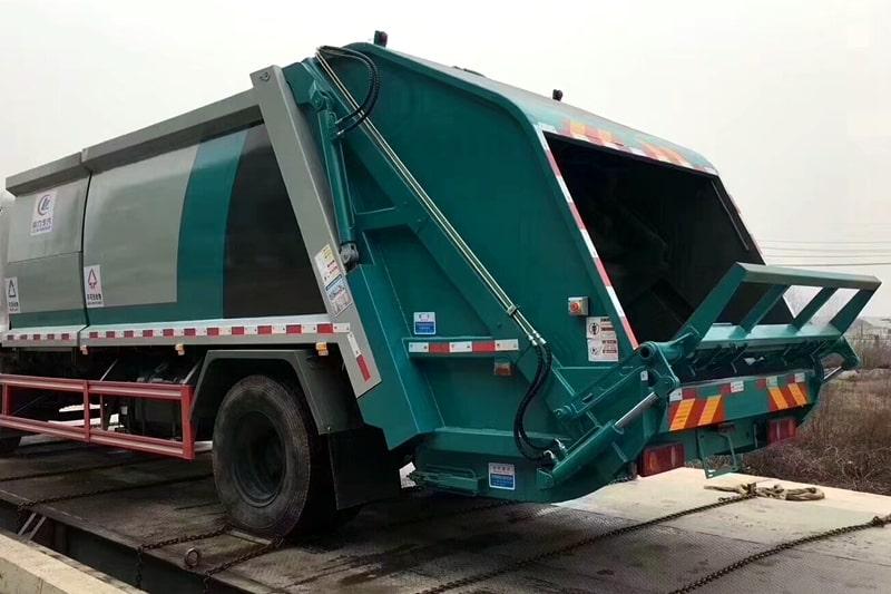 国六东风天锦分捡垃圾运输车后箱体图片