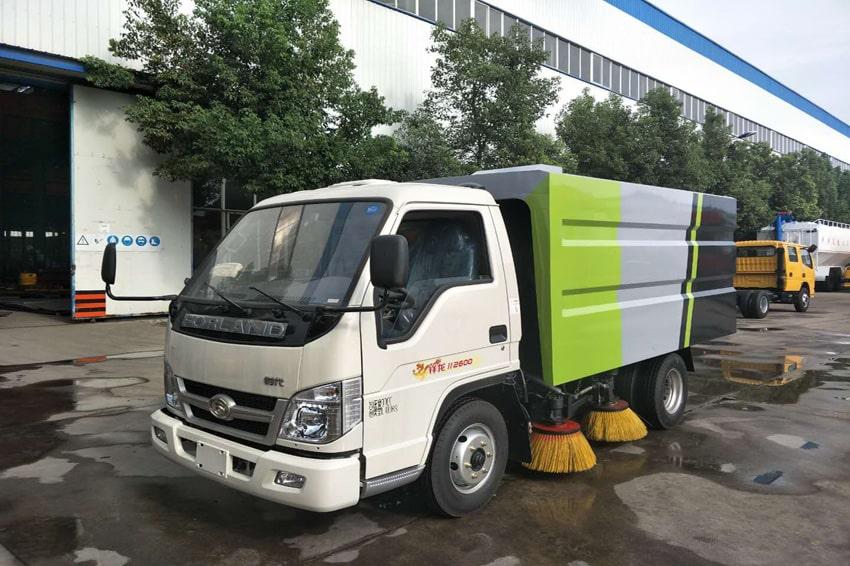 福田时代小卡之星小型马路清扫车2