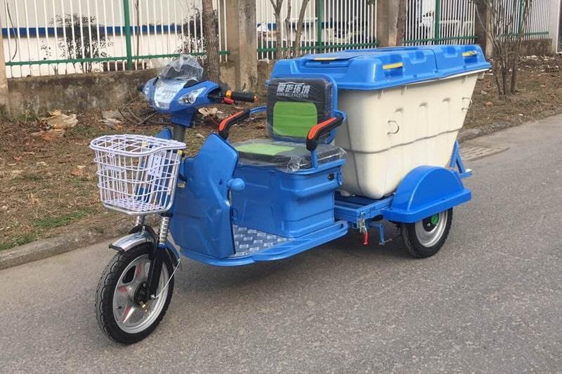 电动三轮保洁车左前侧图片