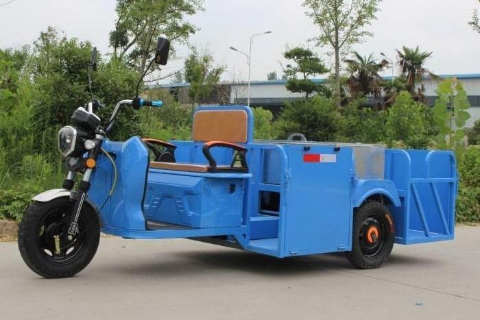 电动三轮四桶车左侧图片