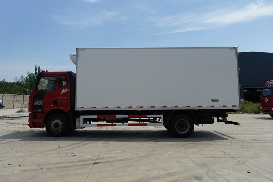 6.8米解放J6L冷藏车价格|图片