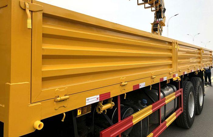 徐工汉风14吨随车吊8.35米货箱图片