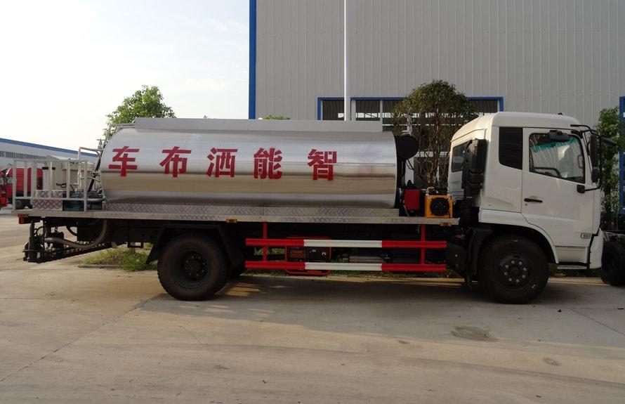 东风天锦10吨沥青洒布车正侧图片