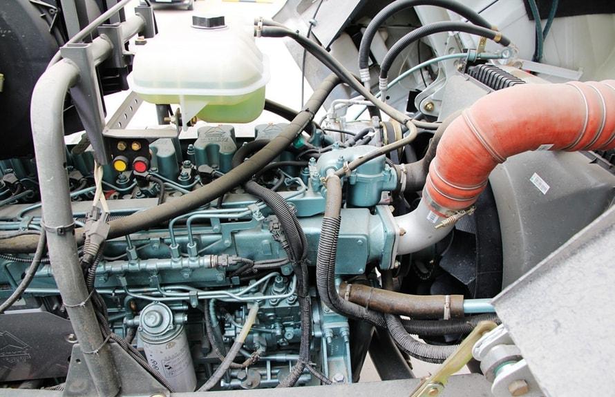 重汽后双桥14立方混凝土搅拌车发动机图片