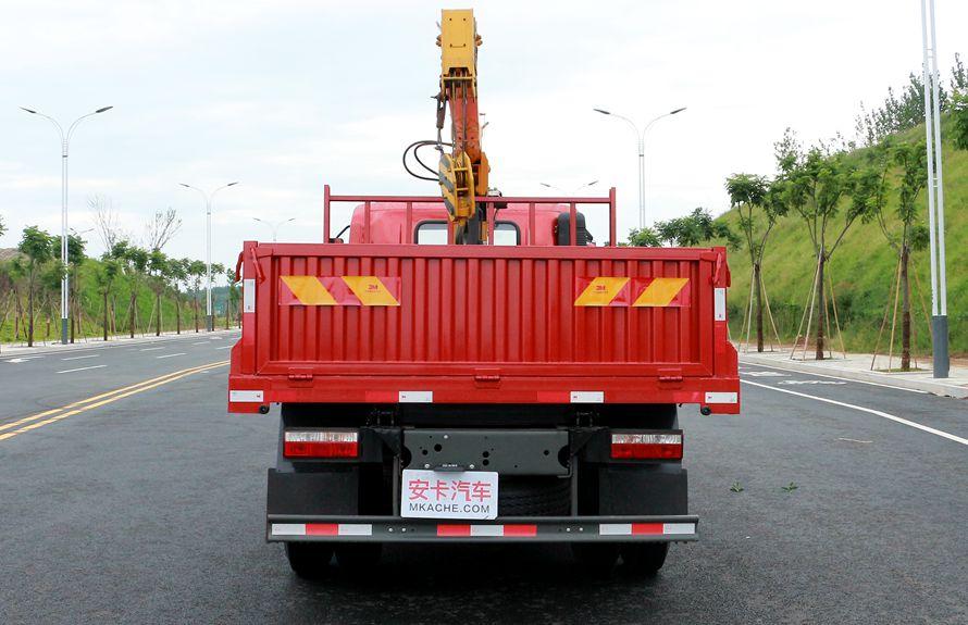 重汽王牌3吨小型随车吊正车尾图片