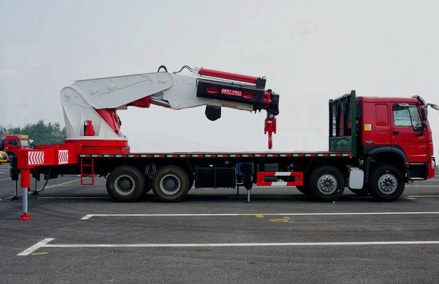 80吨大型随车吊正侧图片