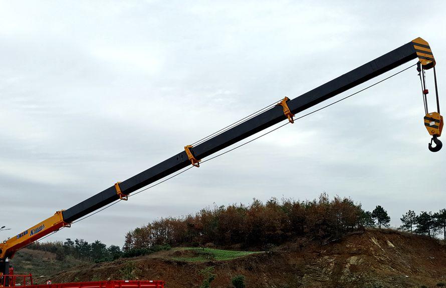 东风天龙16吨随车吊五节吊臂图片