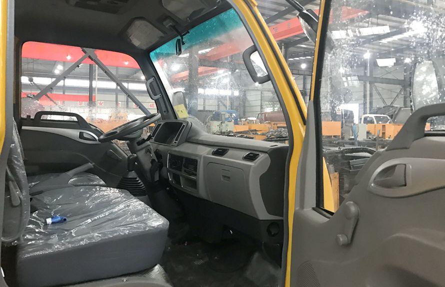 江淮国五蓝牌清障车驾驶室