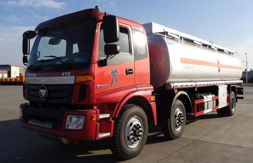 欧曼小三轴22吨油罐车左侧图片