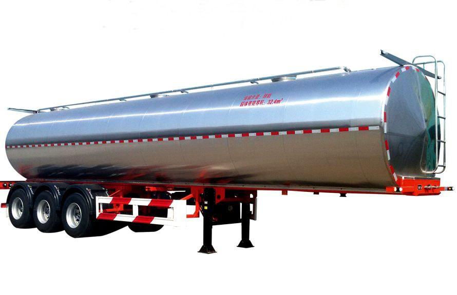 30立方鲜奶运输车右侧45度图片