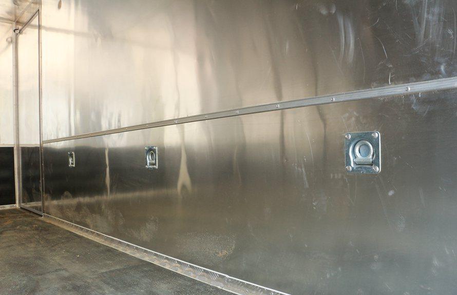 东风易燃液体防爆车卧环图片
