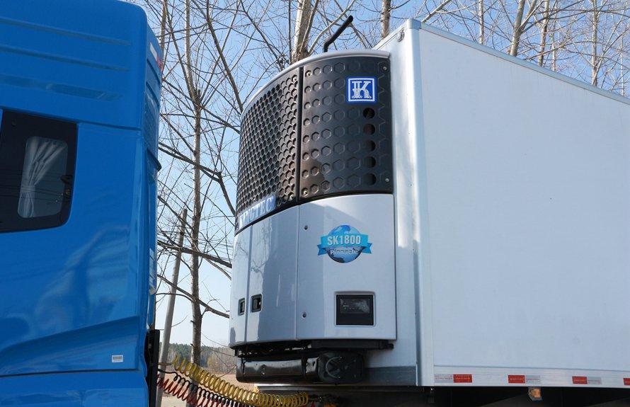 13.8米半挂冷藏车独立机组图片