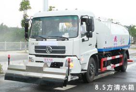 天锦8吨路面清洗车