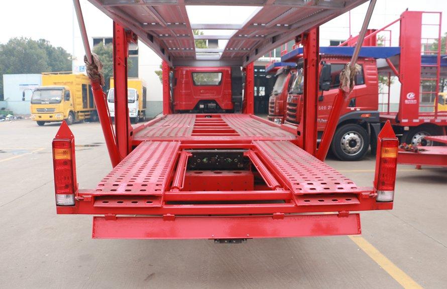 解放J6小三轴五位中轴轿运车辆运输车下板