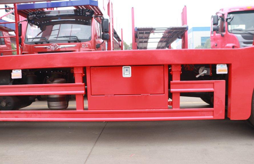 解放J6小三轴五位中轴轿运车辆运输车工具箱