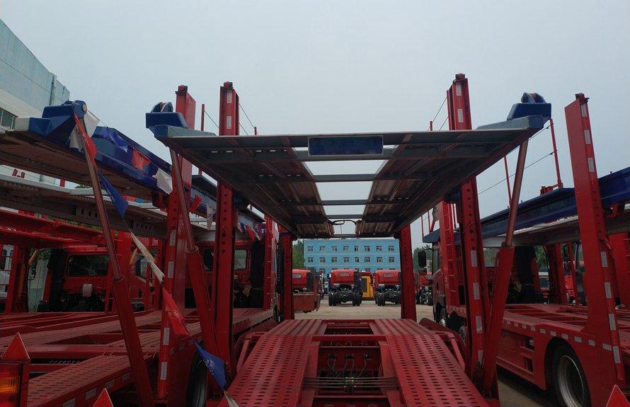 中轴半挂四位轿运车辆运输车上板