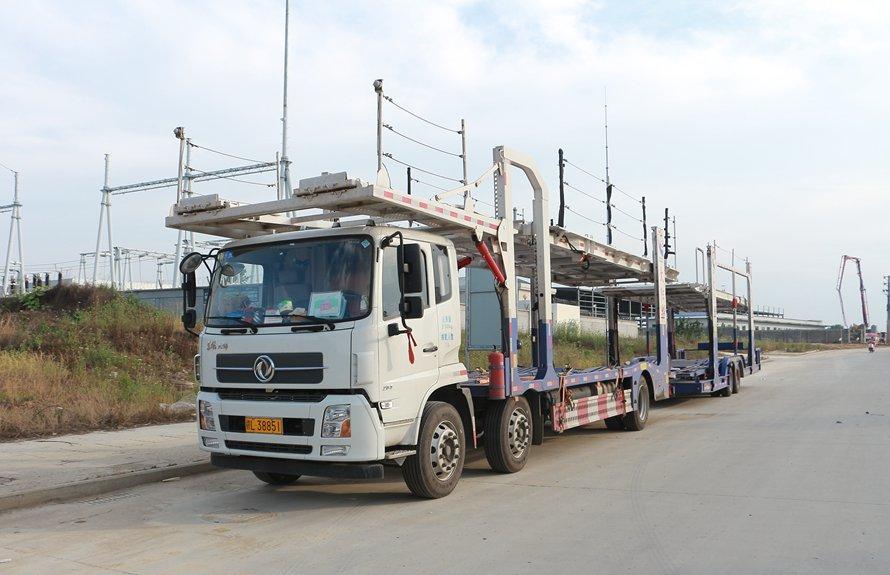 东风天锦9位轿运车辆运输车斜前